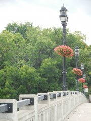 nanticoke-gardens-security-mutual-sponsored-city-of-binghamton-baskets-3.jpg